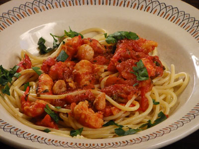 RED SEAFOOD PASTA